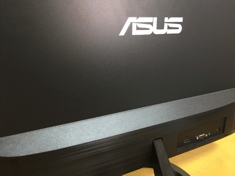 Asusモニターの背面