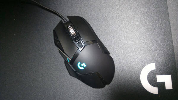 G440tとLogicool G502 Heroの相性