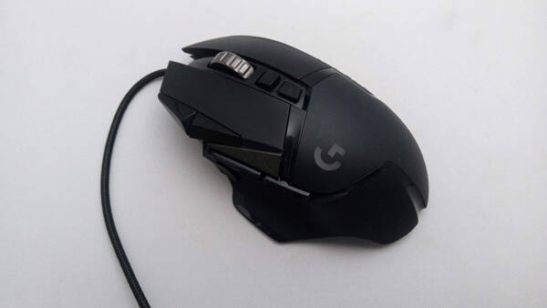 Logicool G502 Heroの形状
