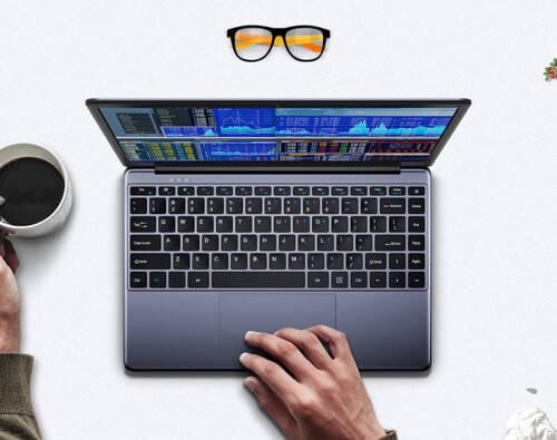 Chuwi HeroBookのタッチパッド