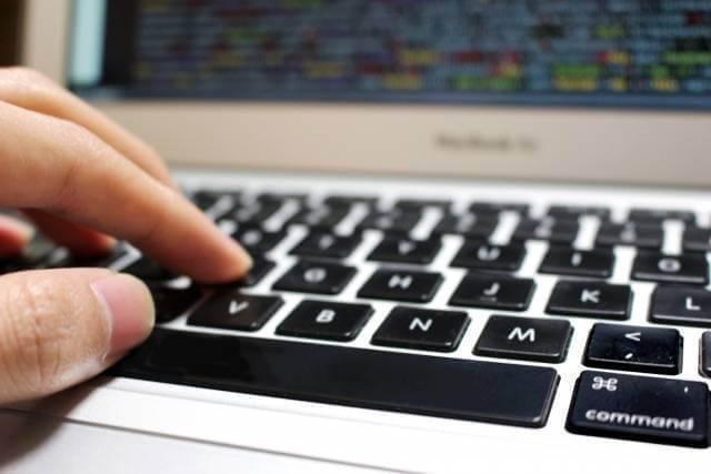 【WordPress】<>が勝手に変換されるときの対処|ブログにコードを貼る